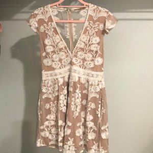 Embroidery flower dress